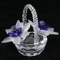 Корзина с цветами из хрусталя