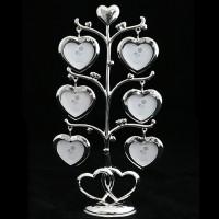 Дерево с 6 фоторамками в виде сердечек
